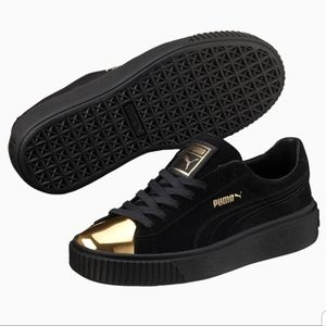 PUMA Suede Platform Gold Toed Womens Sneakers